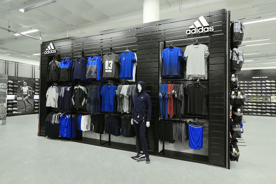 Connswater Shopping Centre Welcomes Sports Direct Before Christmas
