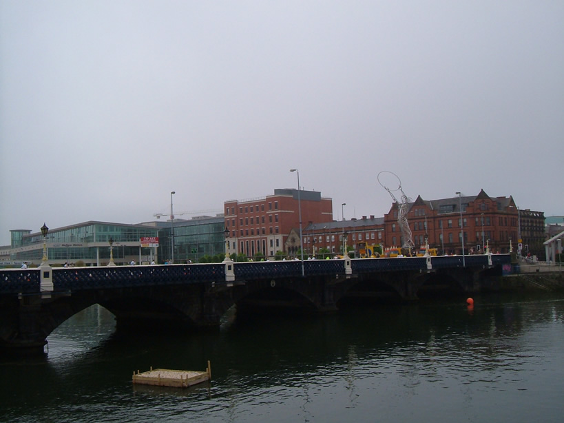 Belfast's Queens Bridge & Street Art